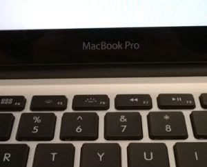 How to clean Electronics: How to Clean a MacBook Pro
