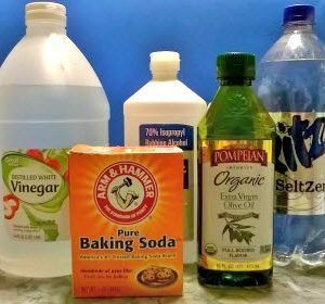 5 Must-Have Natural Cleaning Supplies that can Save the Day