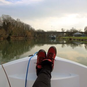 How to clean Things You Own: How to Remove Rubber Feet Marks from Vinyl Boat Seats