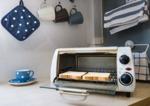 How to clean Kitchen Appliances and Fixtures: How to Clean a Toaster Oven