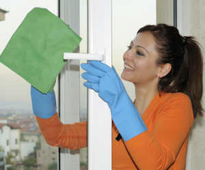 cleaningglasswindows