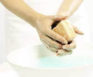 How to Remove Bleach Smell from Your Hands » How To Clean Stuff net