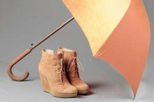 How to clean Shoes, Accessories and Other Stuff: How to Clean Suede Shoes