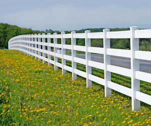How to clean Outdoors: How to Clean Vinyl Fencing